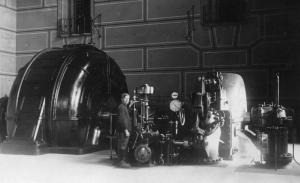 Achille Bacher nella centrale idroelettrica di Sottofrua