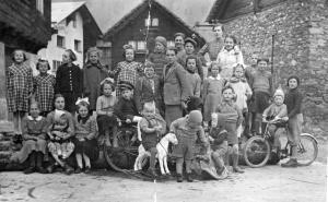 Bambini della frazione di Valdo