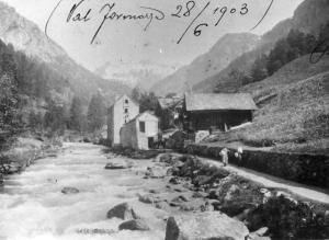 "Mulattiera lungo il fiume a Ponte in località "" In der Schmettu"""